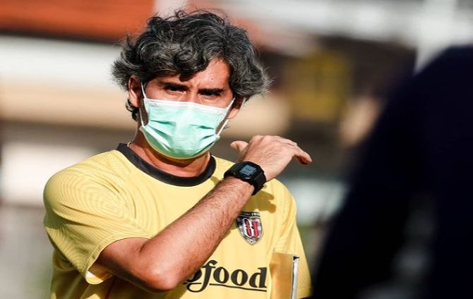 bali united, piala walikota solo, coach teco, afc cup
