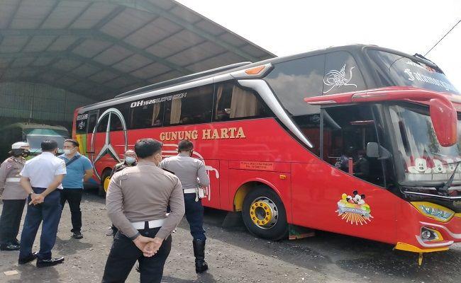PPKM, PPKM Darurat, PO Gunung Harta, Wayan Sutika, Owner Gunung Harta, jasa transportasi, perusahaan otobus,