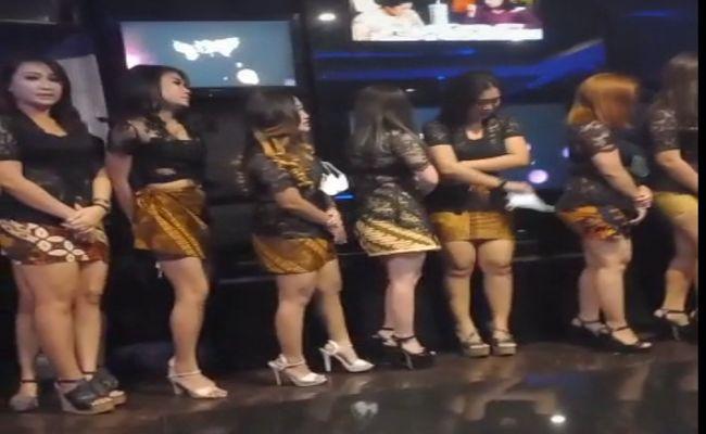 PPKM, aparat kecolongan, PPKM Darurat, VVIP Boshe Bali, pemandu lagu, perempuan seksi, Polresta Denpasar, Satgas Covid-19, tempat hiburan malam, cewek