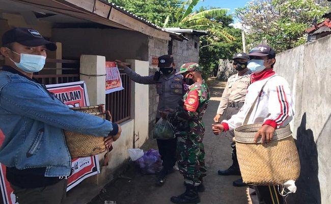pagebluk Corona, isoman, karantina, bagi nasi, urun daya, TNI-Polri, bantu warga terdampak, terdampak Covid-19,
