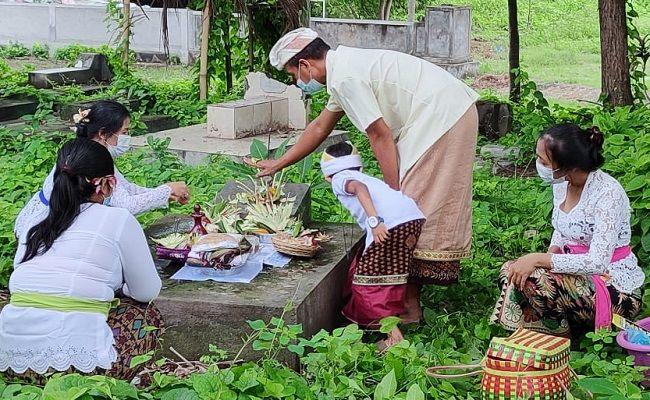 hari raya pagerwesi, ziarah, PPKM, upacara adat, buleleng, Bali,