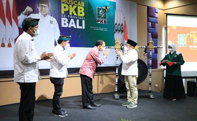pemprov bali, gubernur wayan koster, pkb, muhaimin iskandar, musyawarah dpc pkb bali, politik bali,