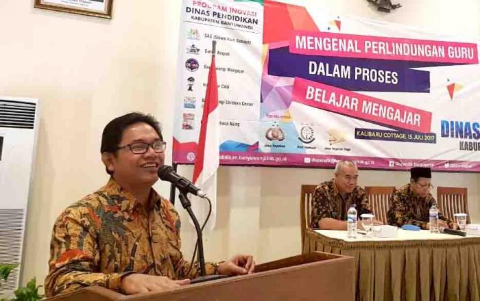 SAMBUTAN: Kadispendik Sulihtiyono membuka workshop ini di Kalibaru Cottage Sabtu (15/7)