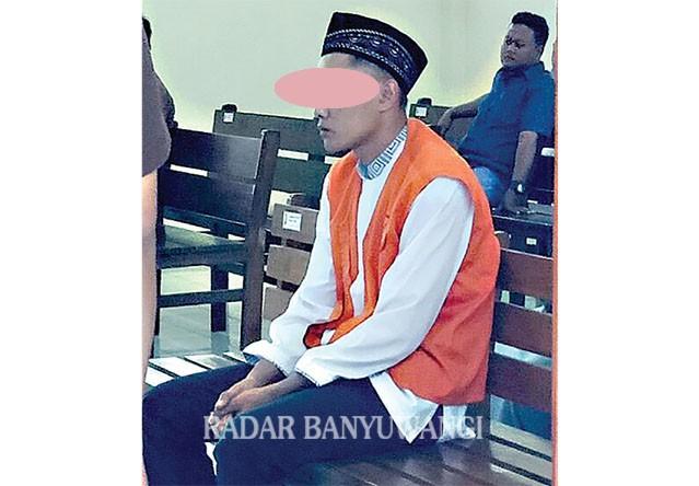 TAK PATUT DITIRU: Terdakwa penggelapan motor kreditan milik FIF, Eko Wahyudi divonis hukuman 1,3 tahun penjara.