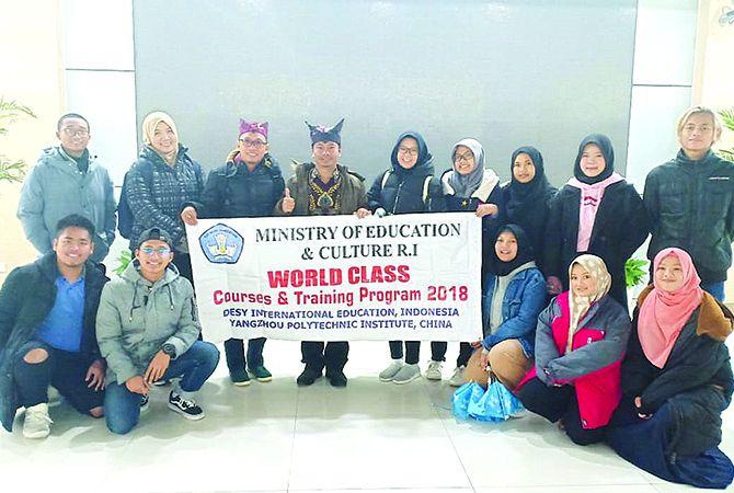 MEMBANGGAKAN: Peserta Program World Class Courses and Training di Yangzhou Polytechnic Institute (YPI) Tiongkok.
