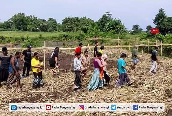 TIDAK DISETUJUI: Lokasi rencana pendirian tower di Dusun Tenggir Timur, Desa Tenggir, Kecamatan Panji yang ditolak warga