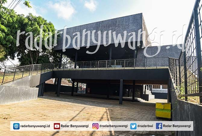 KONDISI TERKINI: Bangunan Gedung Juang 45 usai direnovasi. Namanya berganti menjadi Gedung Kesenian Rakyat.
