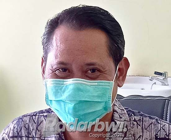 dr. Hamami, Kepala Puskesmas Kebondalem