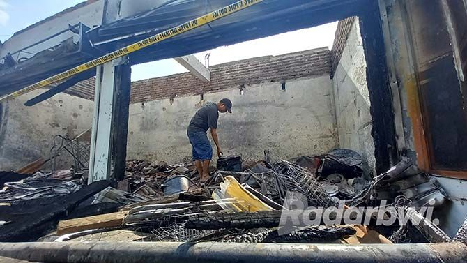 Nasib Pedagang Pasar Kalibaru setelah Dagangannya Ludes Dilalap Api