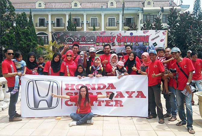 KEKELUARGAAN : Member dan keluarga besar Honda Jazz Owners Community (H-JOC) Indonesia Chapter Tuban-Bojonegoro (TARO).
