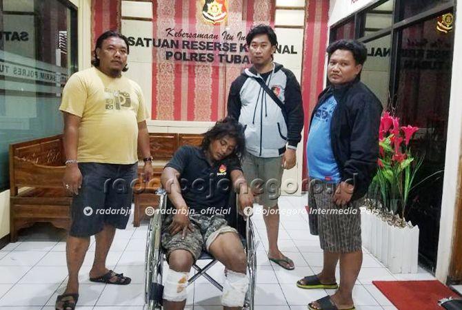ALAP-ALAP MOTOR: Radit, pelaku pencurian motor di wilayah Tuban selatan yang kedua kakinya ditembus timah panas petugas.