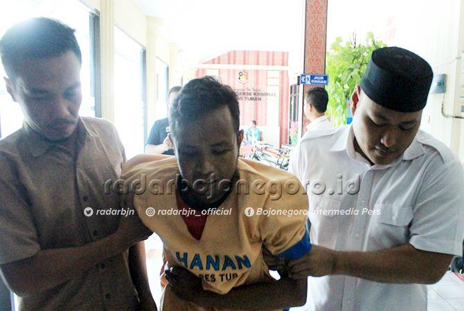 DILUMPUHKAN: Yoto, salah satu pencuri spesialis sepeda gunung yang beraksi di Tuban sejak enam bulan terakhir.