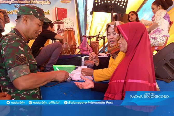 Aminah Berharap Dapat Hadiah dari Mancing Bersama di Lokasi TMMD 106