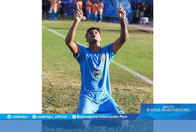 DISOROT: Striker Persela Alex Dos Santos Goncalves disorot pada putaran kedua Liga 1 karena menurun drastis.