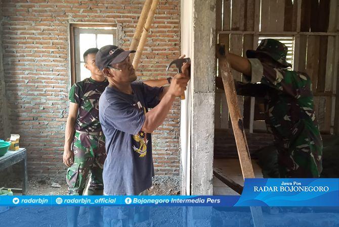 Kegiatan RTLH Pada Rumah Sanarja Kini Tahap Pemasangan Kalsibot