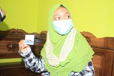 MASIH DIPANTAU: Nurul Hikmawati diminta lebih banyak di rumah selama masa inkubasi.