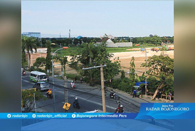 KAWASAN BISNIS: Jalan Veteran ini dikonsep kawasan bisnis. Bojongoro menyisakan satu slot pendirian supermarket atau mal.