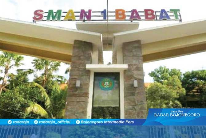 MEGAH: Gedung SMAN 1 Babat