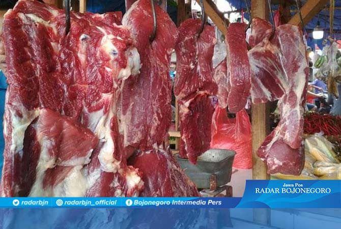 HARGA NAIK: Penjualan daging sapi meningkat mendekati lebaran
