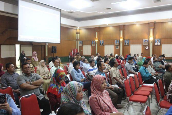 Audensi sosialisasi UMK 2019 di Bung Tomo Jombang kemarin.