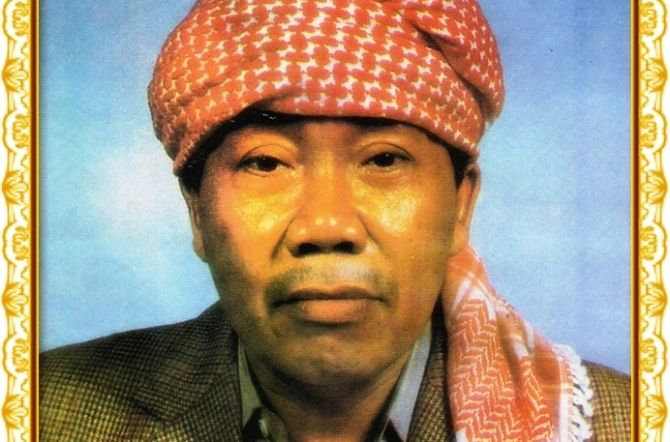 KH Musta'in Romly, kiai yang lahir di Jombang dan banyak berperan mewarnai kancah pendidikan pesantren serta politik.