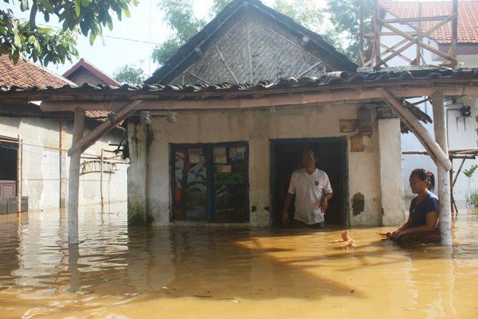 Kondisi banjir di Dusun Kebondalem, Desa Kademangan Kecamatan Mojoagung ini paling parah.