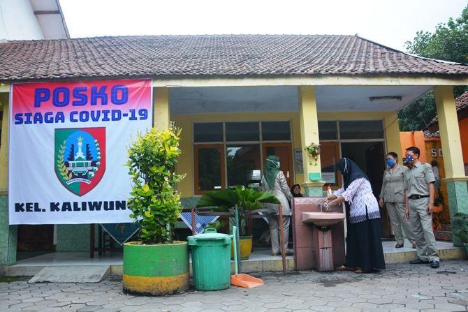 Posko Terpadu Penanggulangan Covid-19 Kelurahan Kaliwungu, yang berada di SDN Kaliwungu 1.