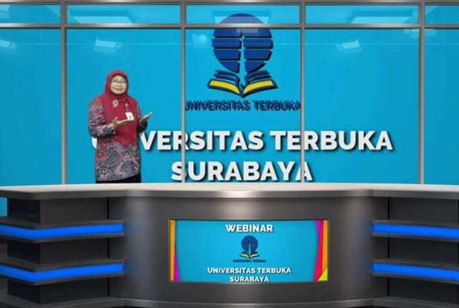 Direktur Universitas Terbuka Surabaya Dr Suparti MPd saat Webinar di Dinas Pendidikan dan Kebudayaan Jombang