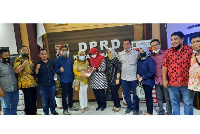 Pimpinan dan anggota Komisi C kunker di DPRD Kota Semarang.