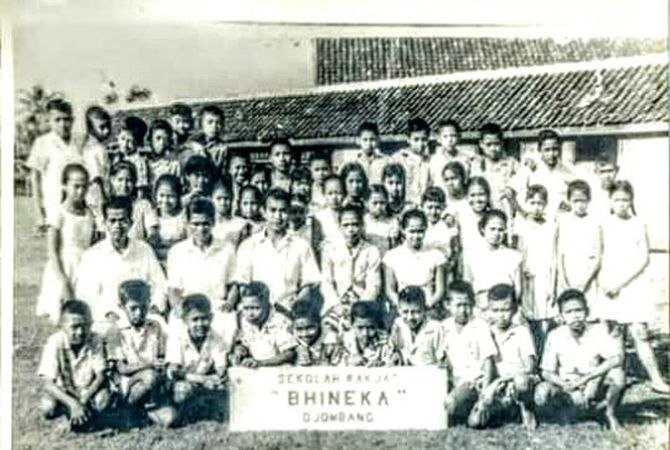KENANGAN: Siswa-siswi SR Bhineka