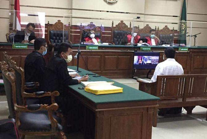 JANGAN TERULANG LAGI: Suasana sidang kasus dugaan korupsi dana desa (DD) Mojowarno.