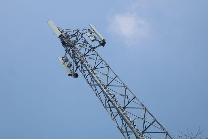 Takut Melanggar, Satpol PP Tak Berani Menindak Tower Ilegal