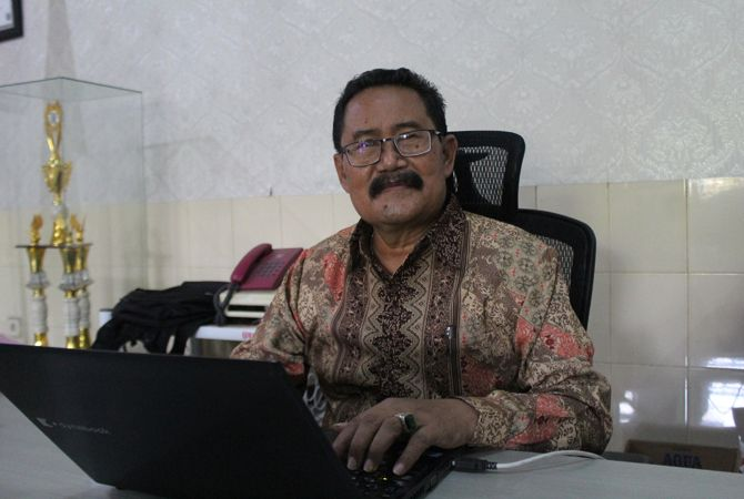 Drs H Sugito M MPd Konsultan Pengembang SMK PGRI 1 Jombang.