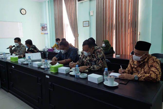 DPRD Jombang Kaji Pengajuan Anggaran Seragam Gratis Dobel