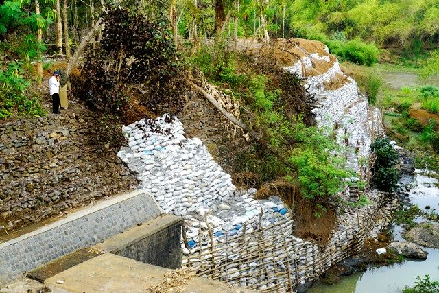 limbah beracun