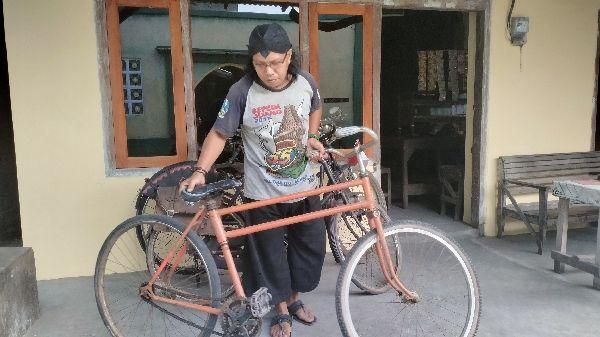 Sepeda tua kang son