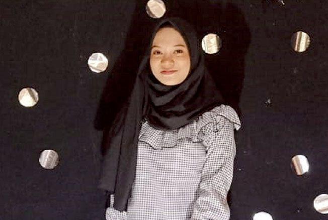 Risa Cahyani Putri