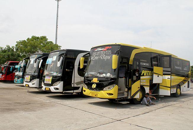MUDIK GRATIS: Dishub Kabupaten Kudus memberikan fasilitas mudik gratis. Nantinya akan diturunkan dua unit bus untuk mudik gratis.