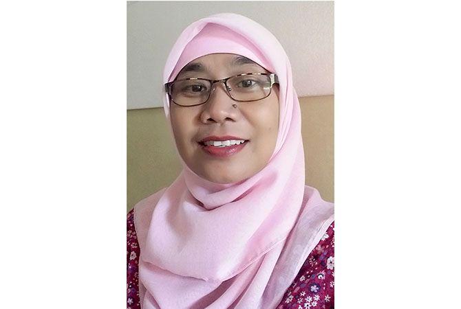 Farida Noor Hayati, S. Pd.; SMAN 1 Bae Kudus