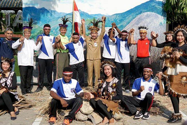 PATI CINTA DAMAI: Mapolres Pati dan Pemkab Pati mengundang warga Papua yang tinggal di Pati kemarin.