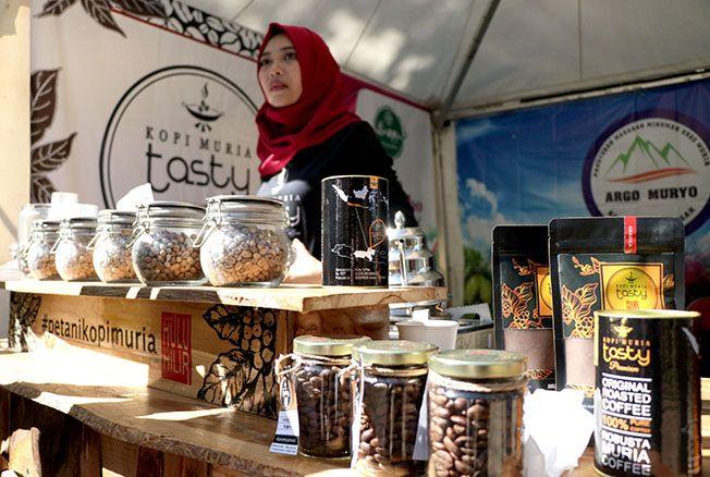 KOPI GRATIS: Pemkab Kudus bakal menggandeng petani kopi Muria dirangkaian kegiatan HUT ke- 470 Kabupaten Kudus. Nantinya diacara tersebut akan disediakan seribu kopi Muria dan dibagikan secara cuma-cuma.