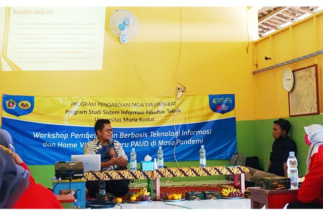 OP BAGI GURU PAUD: Prodi Sistem Informasi UMK melalui kegiatan pengabdian masyarakat melaksanakan Workshop Pembelajaran Daring Berbasis IT untuk Guru HIMPAUDI di wilayah Jepara dengan tetap menerapkan protokol kesehatan, (Selasa, 28 Juni 2020) kemarin.