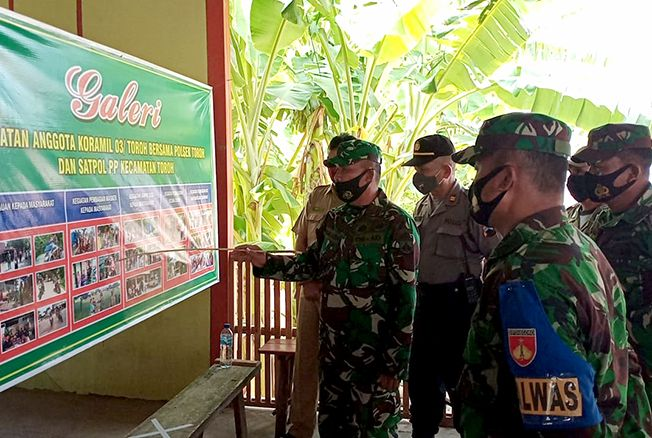 MENINJAU: Tim Dalwaslat Binsat Kodam IV/Diponegoro kunjungi Kecamatan Toroh.