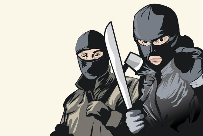 Sadis, Perampok Bersenjata Sekap hingga Telanjangi Pemilik Rumah