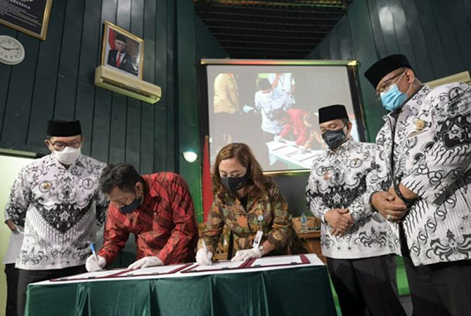 Bakti Padamu Guru: Program Rumah Subsidi dari Gubernur Ridwan Kamil