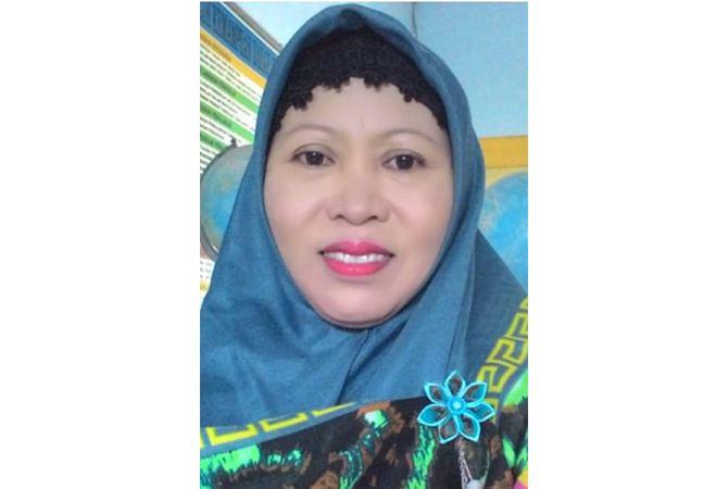 Sayekti Harintowati, S.Pd.; Kepala Sekolah SDN 2 Gedongmulyo, Lasem, Rembang