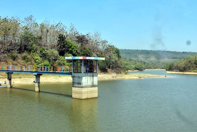 ASRI: Waduk Panohan, Kecamatan Gunem terisi air dengan pemandangan alam disekitar yang memanjakan mata