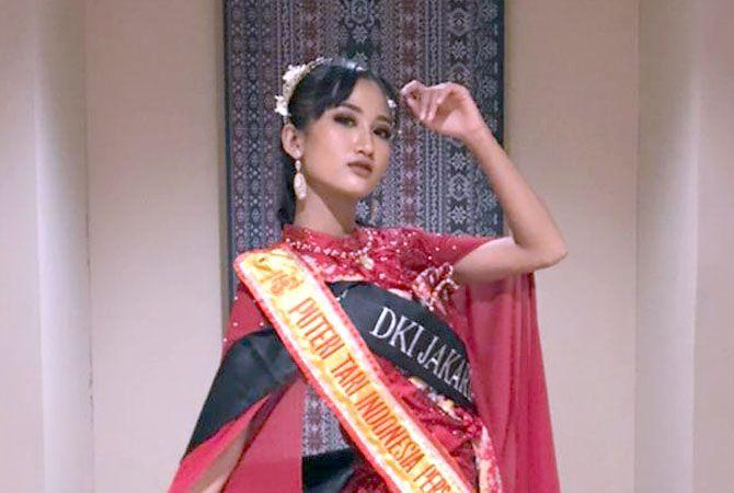 SABET GELAR: Grahita Purwanda Shinta saat mengikuti lomba Putra-Putri Tari Indonesia 2021.