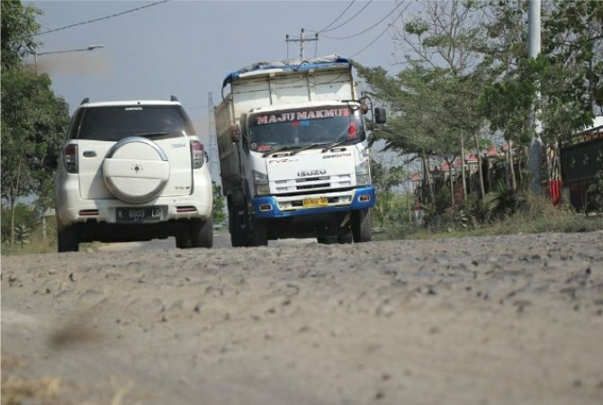 Jalan di Rembang Diperbaiki, Setelah Korban Berjatuhan