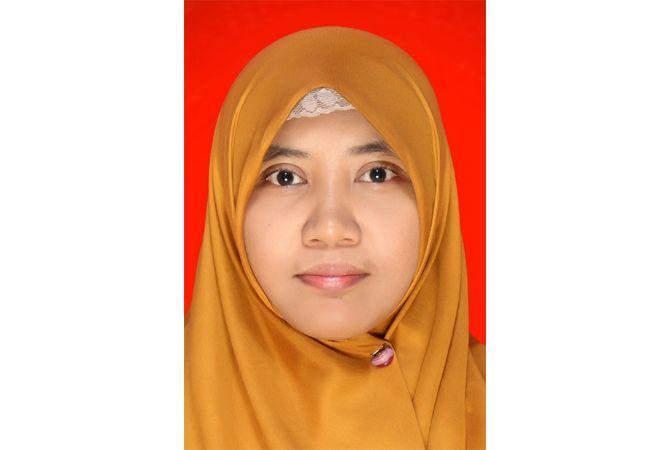 Nur Setyorini, S.Pd., M.Pd.; Guru Bahasa Inggris SMP 2 Kaliwungu, Kudus